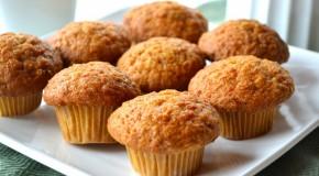 Kleine kaas-mosterdmuffins